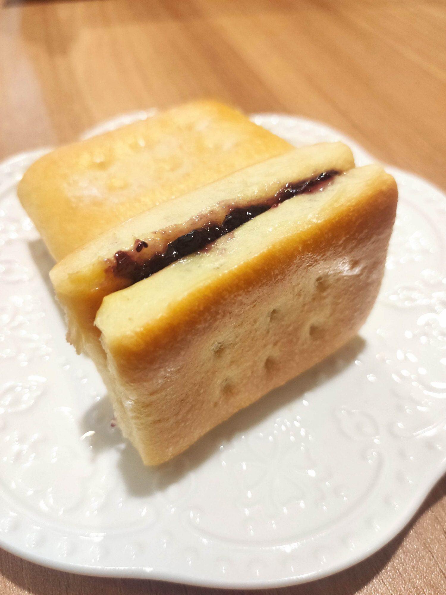 蘋果夾心麵包